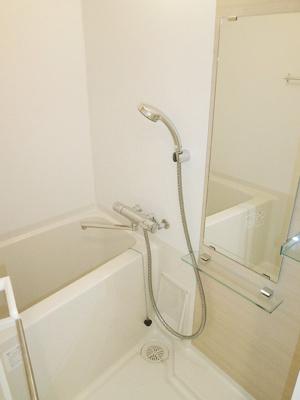 【浴室】フュージョナル両国クアトロ