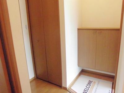 【玄関】サンシャインハイツB棟