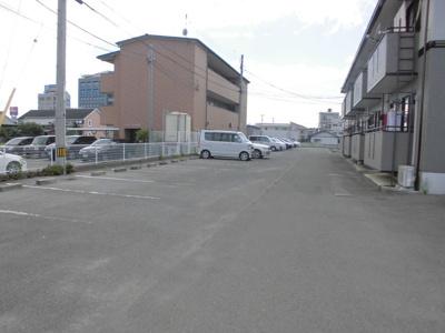 【駐車場】サンシャインハイツB棟