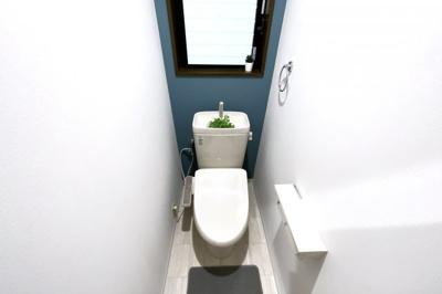 トイレは2ヶ所にあり、大変便利です。忙しい朝の支度にトイレの順番待ちが緩和されます。