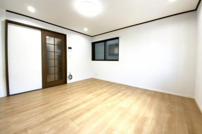 2階LDKなので、外からの視線も一切気にせずご家族がゆっくりとくつろげるフロアです。