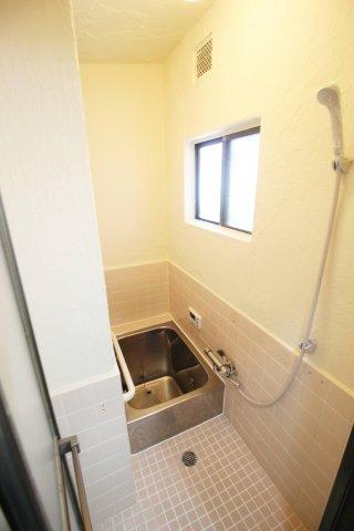 【浴室】東山本新町3丁目戸建