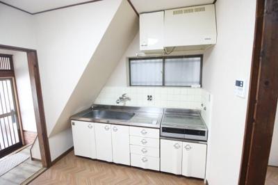 【キッチン】東山本新町3丁目戸建