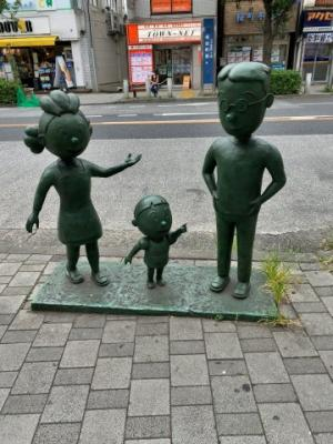 桜新町駅より徒歩19分と距離がありますが、バス停多数ございます。深沢6丁目の閑静な低層住宅街の一角です(2021.08.29撮影)