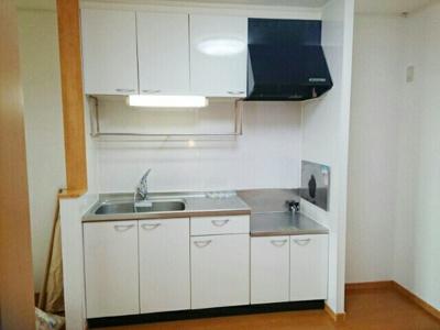 【キッチン】サニーパーク・KⅢ