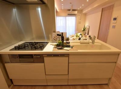 モンファイエ菊川のキッチンです。