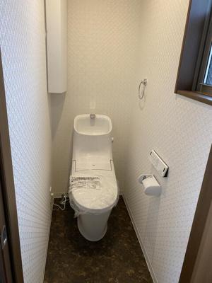 【トイレ】下京区梅小路東中町 新築戸建て
