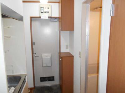 【玄関】コランダムハウス バストイレ別 室内洗濯機置場 ネット1M無料