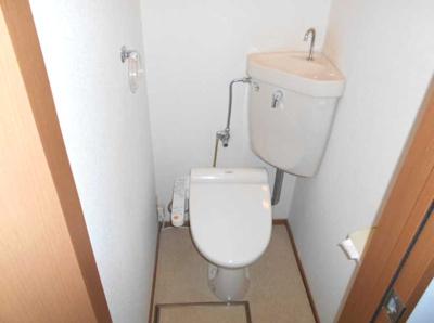 【トイレ】コランダムハウス バストイレ別 室内洗濯機置場 ネット1M無料