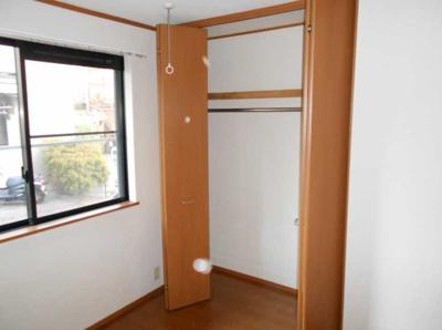 【収納】コランダムハウス バストイレ別 室内洗濯機置場 ネット1M無料