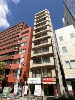 新宿御苑駅より徒歩1分の好立地!交通アクセス良好です。