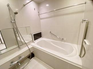 【浴室】サンウッド白金三光坂