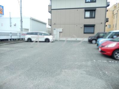 【駐車場】ウエストハイツ