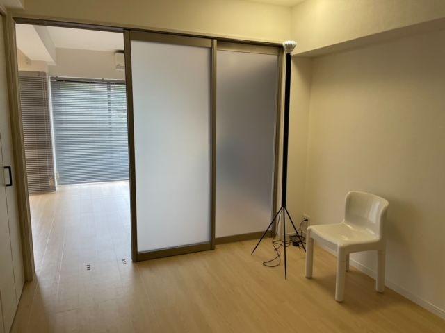 普段は部屋を開け放してワンルームのように使ってもOK!お部屋がより広く感じられるはずです