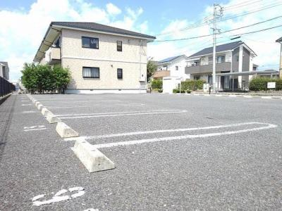 【駐車場】フィールド・ヴィラ