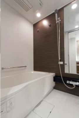 【浴室】パークリュクス三宿 2人入居可能 独立洗面台 バストイレ別 宅配BOX
