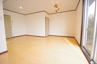 【居間・リビング】朝日ハウス