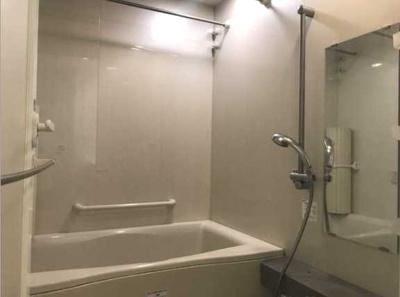 【浴室】レグノ・スイート三軒茶屋 分譲賃貸 オートロック 2人入居可