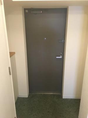 シューズボックス付き玄関スペース