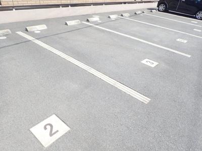 【駐車場】sereno 黒田
