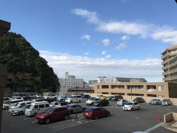【駐車場】アパガーデンパレス成田