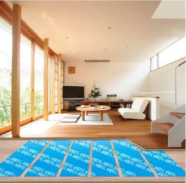 【施工例】床暖房が付いており、寛ぎのリビングスペースはご家族との談笑の場。