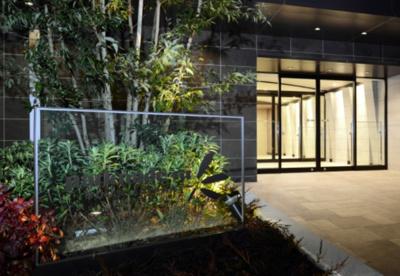 【エントランス】パークナードフィット南青山Garden