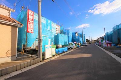 【前面道路含む現地写真】いろどりアイタウン日光市木和田島