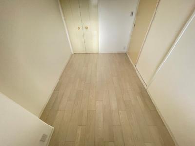 各部屋収納もあるのでお部屋を広く使えますね。
