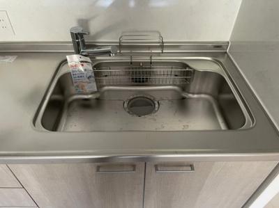 蛇口型浄水器もついているのでお水も安心ですね。