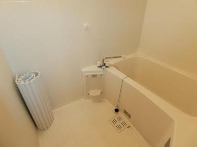 写真は202です 浴室乾燥機付き