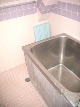 【浴室】メゾンAK バストイレ別 南向き 駅徒歩6分