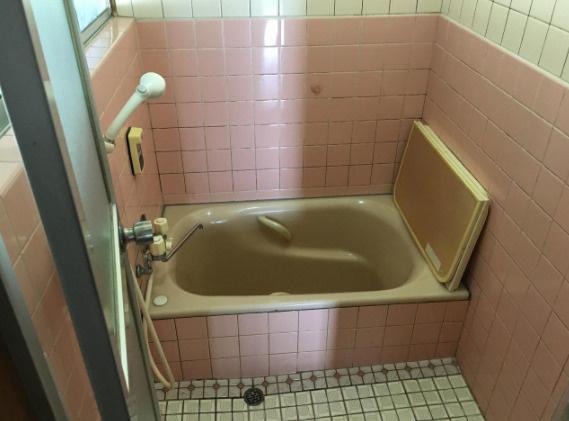 【浴室】朝倉丙
