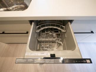 同社施工例 人気の食洗器も標準装備しています^^