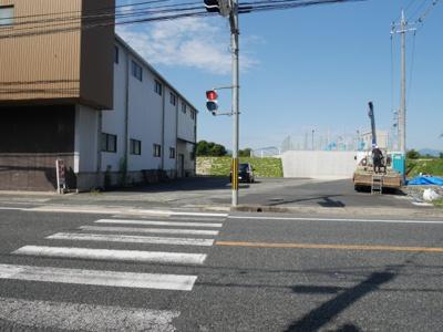 【駐車場】井口 貸倉庫 440坪 R53号線沿い