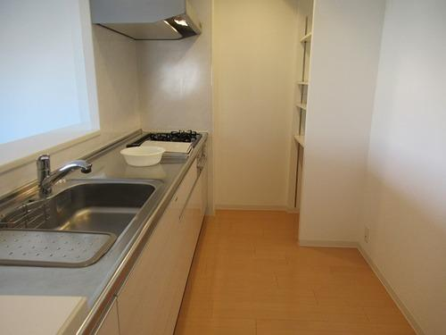 キッチン:キッチン約4.1畳     (2021年5月撮影)