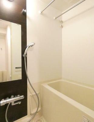 【浴室】フロンティア横濱EAST