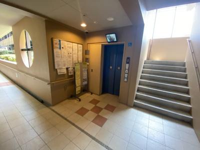 ■モニター付きのエレベーターです♪♪