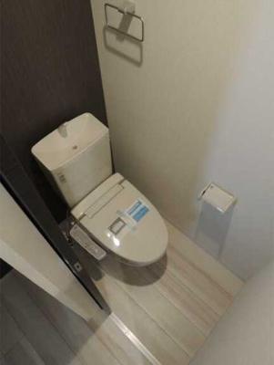 【トイレ】ラフィネ三軒茶屋 更新料0 独立洗面台 浴室乾燥機 南向き