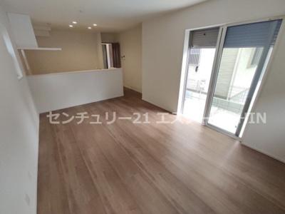 【居間・リビング】茨木市庄2丁目新築戸建