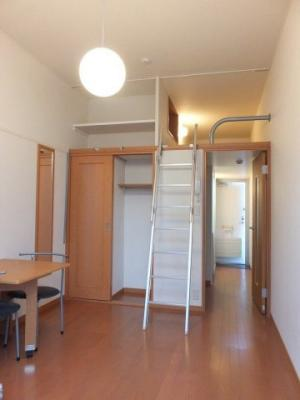 室内天井が高いので、お部屋を広くお使い頂けます!