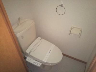 温水洗浄便座つき 嬉しい風呂・トイレ別♪