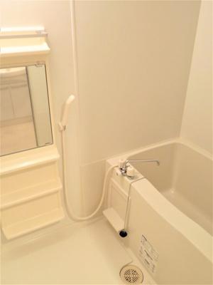 【浴室】アンソレイエK