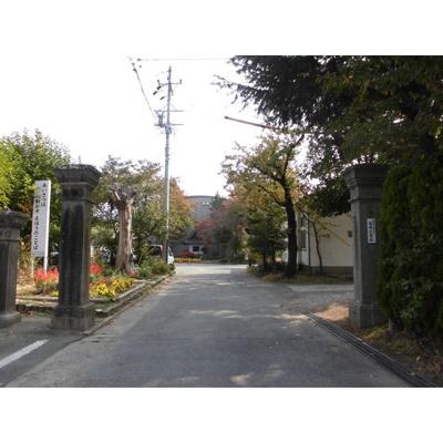 小学校「長野市立塩崎小学校まで3913m」