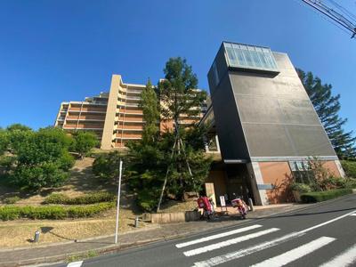 JR『寝屋川公園』駅まで徒歩10分!