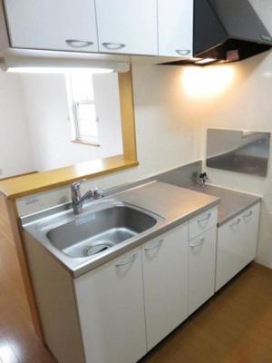 【キッチン】サン・パティーク・ガーデンⅡ