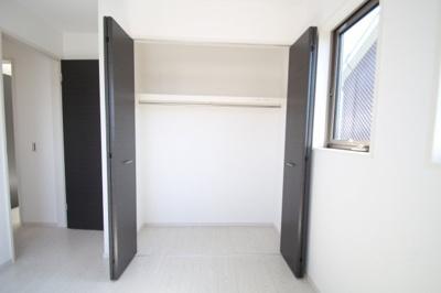 2階 洋室3(5.2帖)クローゼット