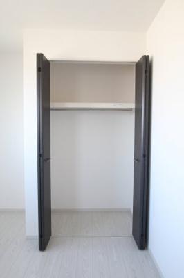 2階 洋室4(5.1帖)クローゼット