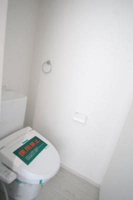 2階 温水洗浄機能付き便座
