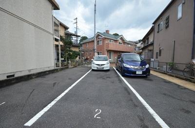 【駐車場】カサ・デ・プルメリア